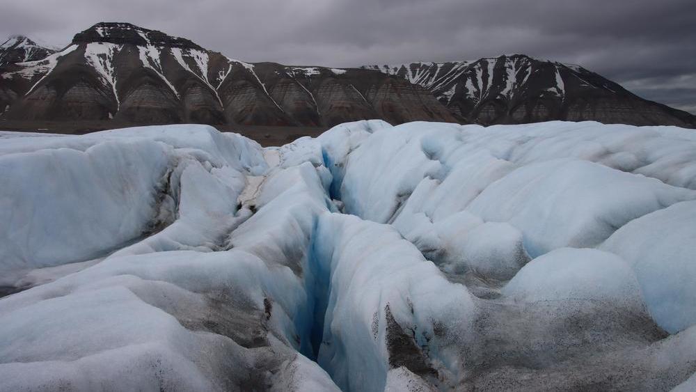 Gletscherspalten auf einer Gletscherwanderung