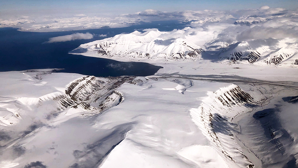 Longyearbyen aus der Luft