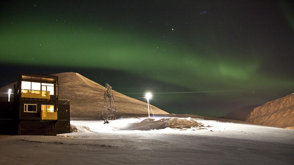 Aurora Borealis über Longyearbyen