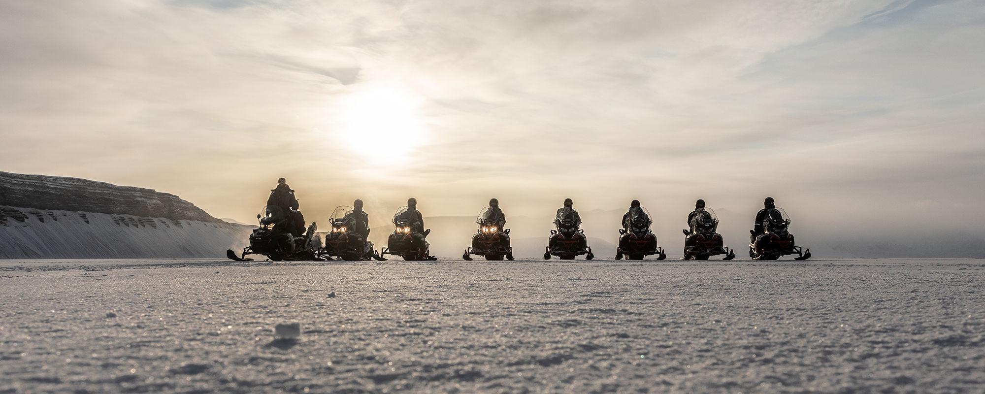 Schneescooter Safari auf Spitzbergen