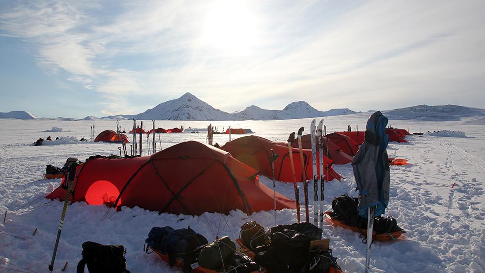 Skicamp auf dem Esmarkbreen