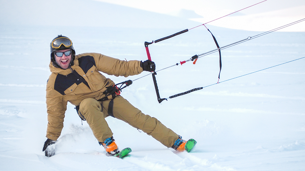 Snow Kite Camp in Svalbard